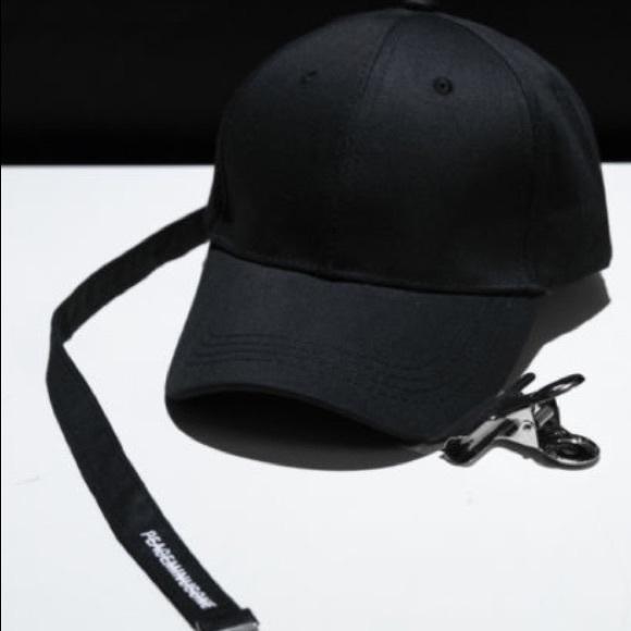 9dcf8858775 South Korean Cap 🧢. M 5a76a3185512fd819a8af440